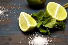 φύλλα, ζάχαρη και ασβέστης μεντών στοκ φωτογραφία με δικαίωμα ελεύθερης χρήσης