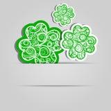 Φύλλα τριφυλλιού με ένα αφηρημένο σχέδιο κάρτα εορταστική Ημέρα του Πάτρικ Στοκ φωτογραφία με δικαίωμα ελεύθερης χρήσης