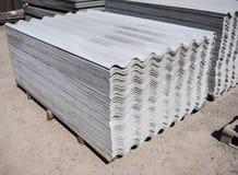 Φύλλα υλικού κατασκευής σκεπής πλακών αμιάντων Στοκ εικόνα με δικαίωμα ελεύθερης χρήσης
