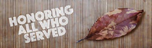 Φύλλο και μπαμπού φθινοπώρου κάλυψης honoring Στοκ φωτογραφίες με δικαίωμα ελεύθερης χρήσης