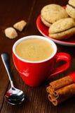 Φλιτζάνι του καφέ και μπισκότα Στοκ εικόνες με δικαίωμα ελεύθερης χρήσης