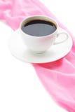 Φλιτζάνι του καφέ με τη ρόδινη πετσέτα Στοκ φωτογραφίες με δικαίωμα ελεύθερης χρήσης