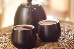 Φλυτζάνια του τσαγιού και teapot στοκ εικόνες με δικαίωμα ελεύθερης χρήσης