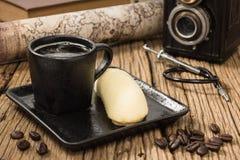 φλυτζάνι καφέ και κέικ μπανανών Στοκ φωτογραφία με δικαίωμα ελεύθερης χρήσης
