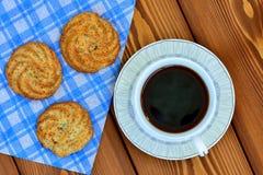 Φλυτζάνι καφέ με τα μπισκότα Στοκ εικόνα με δικαίωμα ελεύθερης χρήσης