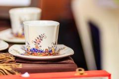Φλυτζάνι καφέ πορσελάνης ύφους εκλεκτής ποιότητας Ταϊλανδού χειροποίητο Όμορφο TR Στοκ Φωτογραφίες
