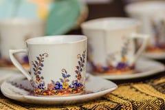 Φλυτζάνι καφέ πορσελάνης ύφους εκλεκτής ποιότητας Ταϊλανδού χειροποίητο Όμορφο TR Στοκ Εικόνα