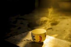 Φλυτζάνι καφέ στο χρόνο πρωινού Στοκ φωτογραφία με δικαίωμα ελεύθερης χρήσης