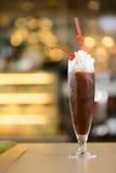 Φλυτζάνι συνδυασμένου του πάγος καφέ Στοκ Εικόνες
