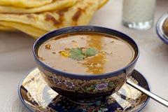 Φλυτζάνι της μαροκινής σούπας harira στοκ φωτογραφία