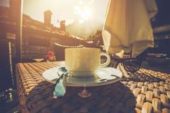 Φλυτζάνι του καλαίσθητου καφέ Στοκ Εικόνες