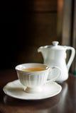Φλυτζάνι του τσαγιού με teapot Στοκ φωτογραφία με δικαίωμα ελεύθερης χρήσης
