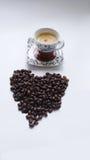 Φλυτζάνι Coffe και καρδιά μορφής Στοκ φωτογραφία με δικαίωμα ελεύθερης χρήσης
