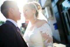 Φλόγα φακών γαμήλιων ζευγών Στοκ φωτογραφία με δικαίωμα ελεύθερης χρήσης