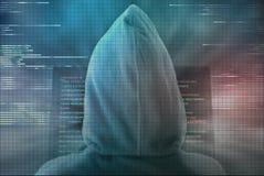 Χάκερ Pixelated που κωδικοποιεί τα προσωπικά στοιχεία από το όργανο ελέγχου υπολογιστών Στοκ Εικόνα