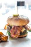 Χάμπουργκερ βόειου κρέατος του Angus Στοκ φωτογραφία με δικαίωμα ελεύθερης χρήσης