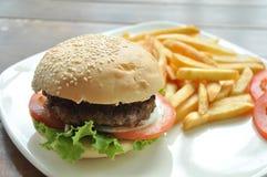 Χάμπουργκερ χοιρινού κρέατος   Στοκ Φωτογραφία