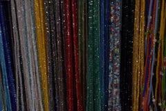 Χάντρες της διαφορετικής ένωσης χρωμάτων στοκ φωτογραφία