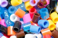 Χάντρες των διάφορων χρωμάτων, όμορφες Στοκ Εικόνες