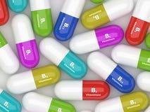 Χάπια βιταμινών Β που βρίσκονται στο γραφείο απεικόνιση αποθεμάτων