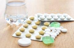 Χάπια και ταμπλέτες Στοκ Εικόνα