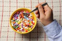 χάπια κύπελλων στοκ εικόνες