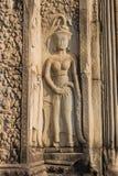 Χάραξη πετρών χορευτών Apsara στο ναό Angkor Wat Στοκ Φωτογραφίες