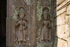 Χάραξη πετρών χορευτών Apsara στο ναό Angkor Wat Στοκ εικόνα με δικαίωμα ελεύθερης χρήσης