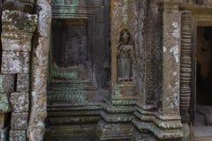 Χάραξη πετρών χορευτών Apsara στο ναό Angkor Wat Στοκ Εικόνα