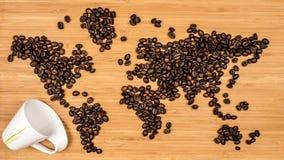 Χάρτης του κόσμου φιαγμένου από φασόλια καφέ Στοκ φωτογραφίες με δικαίωμα ελεύθερης χρήσης