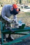 Χάλυβας συγκόλλησης εργαζομένων στοκ φωτογραφία με δικαίωμα ελεύθερης χρήσης
