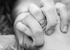 Χέρια λαβής Στοκ Φωτογραφία