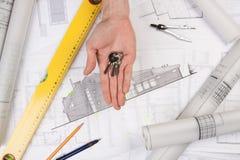 χέρια αρχιτεκτόνων Στοκ Φωτογραφίες