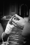 χέρια δύο γάμος Στοκ εικόνα με δικαίωμα ελεύθερης χρήσης