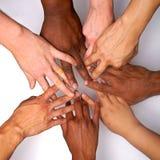 Χέρια ενδυνάμωσης των γυναικών ποικιλομορφίας του χρώματος στοκ φωτογραφία με δικαίωμα ελεύθερης χρήσης