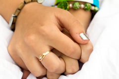 Χέρια κοριτσιών Στοκ φωτογραφίες με δικαίωμα ελεύθερης χρήσης