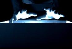 χέρια μαγικά Στοκ φωτογραφία με δικαίωμα ελεύθερης χρήσης