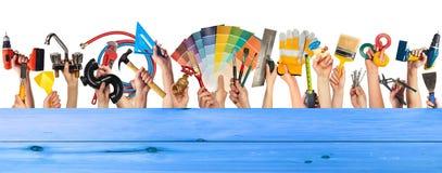 Χέρια με τα εργαλεία DIY Στοκ Εικόνα