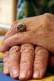 χέρια παλαιά Στοκ Φωτογραφία