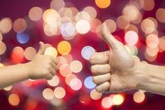 Χέρια πατέρων και γιων που δίνουν όπως Στοκ εικόνες με δικαίωμα ελεύθερης χρήσης
