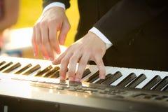 Χέρια πιάνων στοκ φωτογραφία