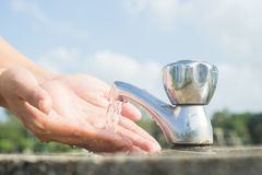 Χέρια πλύσης Στοκ Φωτογραφίες