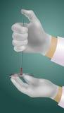 Χέρια του γιατρού Στοκ φωτογραφία με δικαίωμα ελεύθερης χρήσης