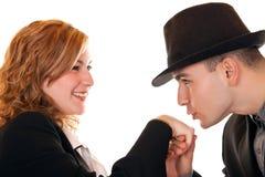 Χέρια φιλήματος κινηματογραφήσεων σε πρώτο πλάνο Στοκ φωτογραφία με δικαίωμα ελεύθερης χρήσης