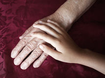 χέρια δύο Στοκ φωτογραφίες με δικαίωμα ελεύθερης χρήσης