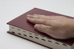 χέρι Βίβλων Στοκ εικόνες με δικαίωμα ελεύθερης χρήσης