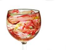 χέρι γυαλιού που χρωματίζ& Στοκ εικόνα με δικαίωμα ελεύθερης χρήσης
