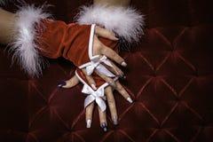 Χέρι γυναικών Χριστουγέννων Στοκ Εικόνες