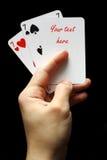 χέρι καρτών Στοκ φωτογραφία με δικαίωμα ελεύθερης χρήσης