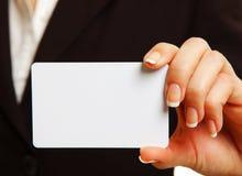 χέρι καρτών womans Στοκ εικόνες με δικαίωμα ελεύθερης χρήσης